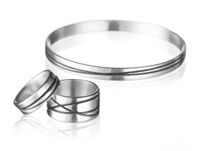 RitaPatel_rings_bangles300bwcopy